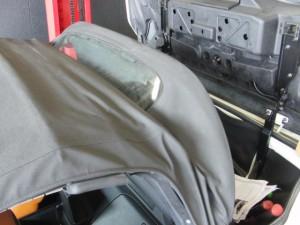 Z33フェアレディZロードスター幌張替え